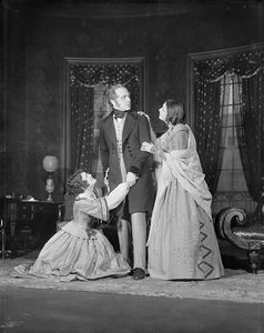Margaret Barker as Henriette, Charles Waldron as Edward and Katharine Cornell as Elizabeth (right).