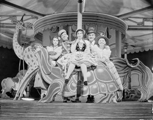 Scene on carouselle (Fred and Adele Astaires, Tillie Losch, Frank Morgan and Helen Broderick).