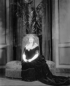 Isabel Irving [as Mrs. Henry van der Luyden] in the Age of Innocence (1929) NYC: Empire Theatre. Costume by Helene Pons Studio.