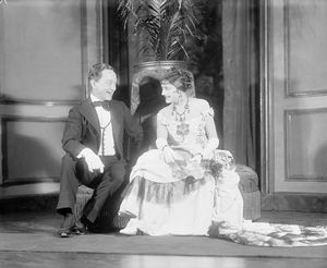 Rollo Peters (Newland) with Katherine Cornell (Ellen) in Age of innocence (1929). NYC: Empire Theatre.