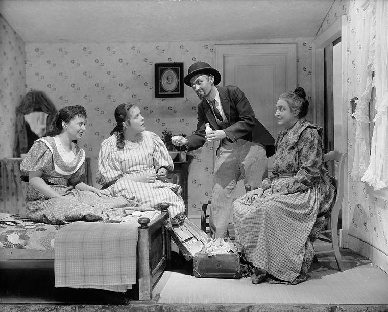 Laurey's Bedrom Scene. L to R: June Walker (Laurey), Ruth Chorpenning (Ado Annie), Lee Strasberg (Peddler) and Helen Westley as Aunt Eller Murphy.
