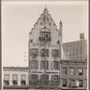 Hofbrau Haus: Broadway and 30th Street