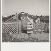 Highway City, California. Near Fresno. See General caption. Also 19553 for complete caption. Family from Oklahoma