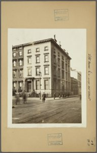 Manhattan: 5th Avenue - 8th Street (West)