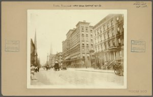 Manhattan: 5th Avenue - 46th Street