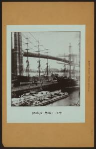 East River - River scenes - [Brooklyn Bridge -Early shipping.]