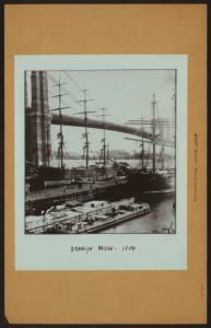 East River - River scenes - [Brooklyn Bridge -Early shipping.]