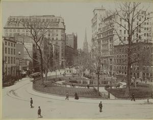 [Traffic circle, New York City, ca. 1895.]