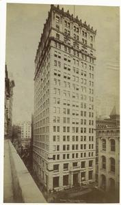 Broadway-Maiden Lane Building.