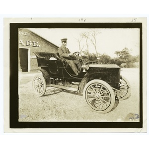 Stanley steam automobile, 1906 model.