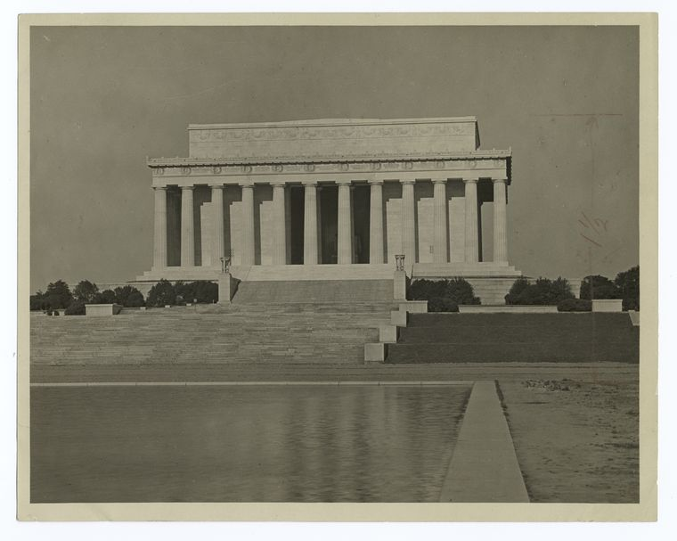 The Lincoln Memorial, Washington