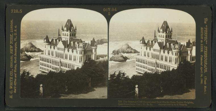 This is What Cliff House Looked Like  in 1907