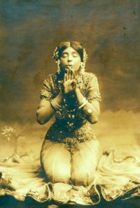 Ruth St. Denis in first costume for Radha.
