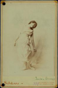 Duncan, Isadora / photographs by Schloss.
