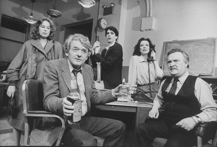 (L-R) Actors Sandy Dennis, Hal Holbrook, William Converse ...