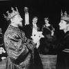 """Diane Venora (Ophelia, L), Kevin Kline (Hamlet, 2L), Clement Fowler (Player King, 4L), Josef Sommer (Polonius, 5L), Brian Murray (Claudius, 4R), Dana Ivey (Gertrude, 3R) and Susan Gabriel (Player Queen, 2R) fromthe NY Shakespeare Festival production oft. he play """"Hamlet"""""""
