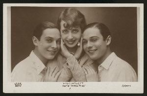 Paris-Miss, by Henri Varna, Leo Lelievre, and Earl Leslie
