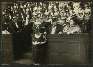 Setting the Style (Cinema 1913)